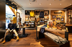 Timberland-store-by-ARNO-Sulzbach-Germany