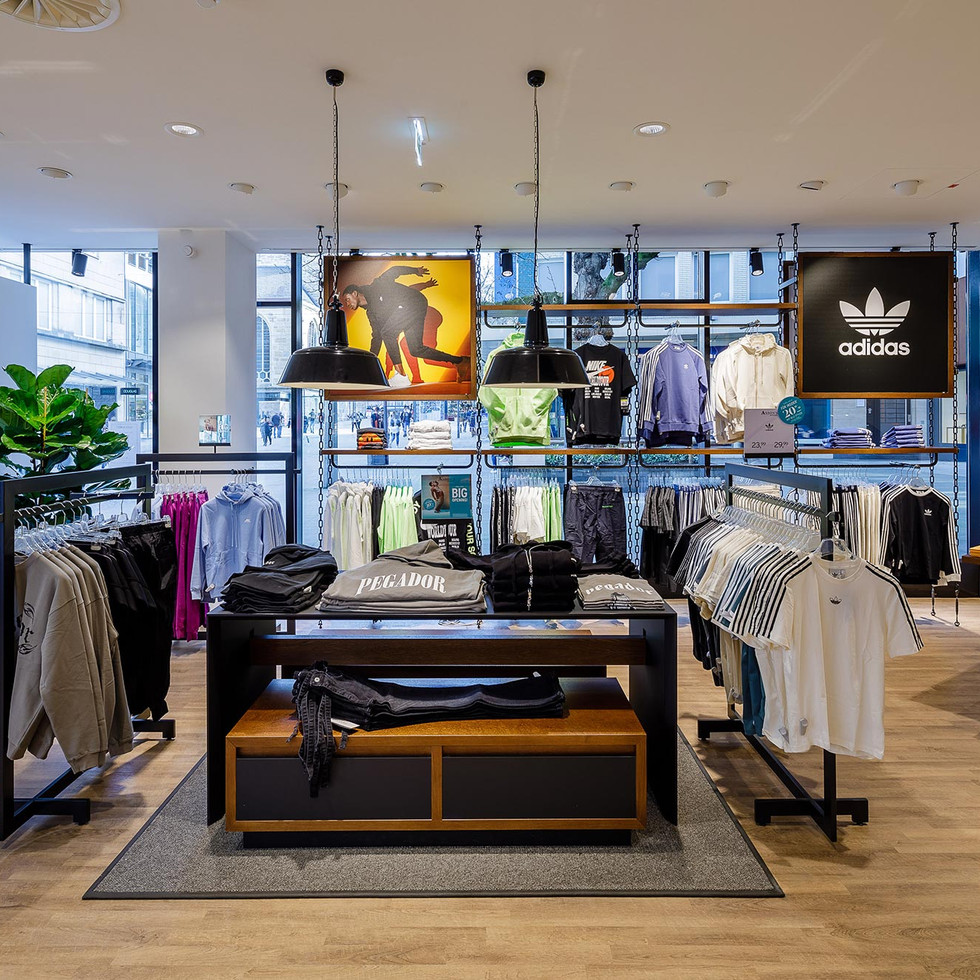 Shop im Erdgeschoss