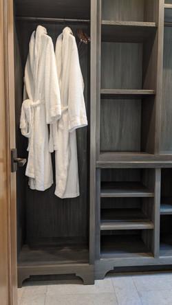 EPoS Cottage Closet