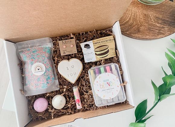Kids Valentines Day Box : Girl 1-4 years