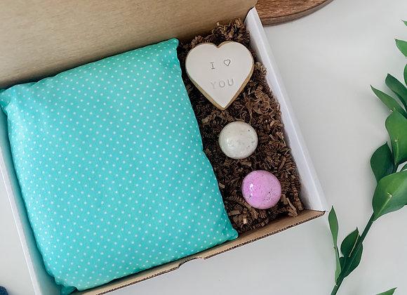 Valentines Day Box : Girl 5 - 12 years