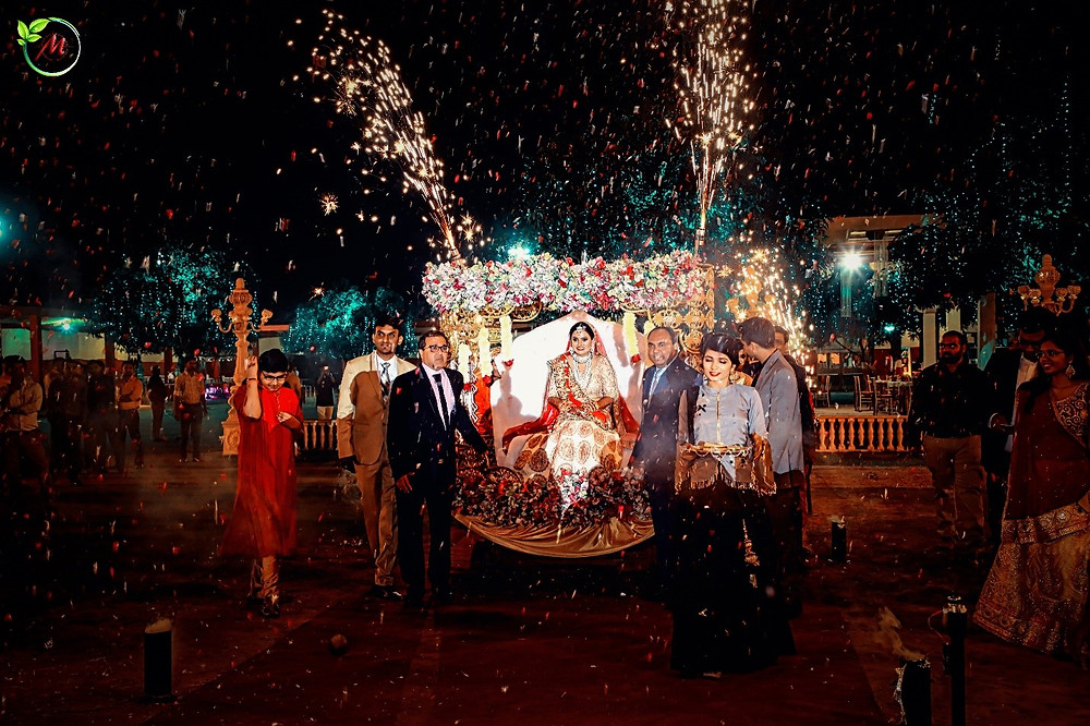 13-things-you-must-know-before-hiring-a-wedding-photographer