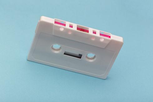 white-cassette-tape-1261578.jpg