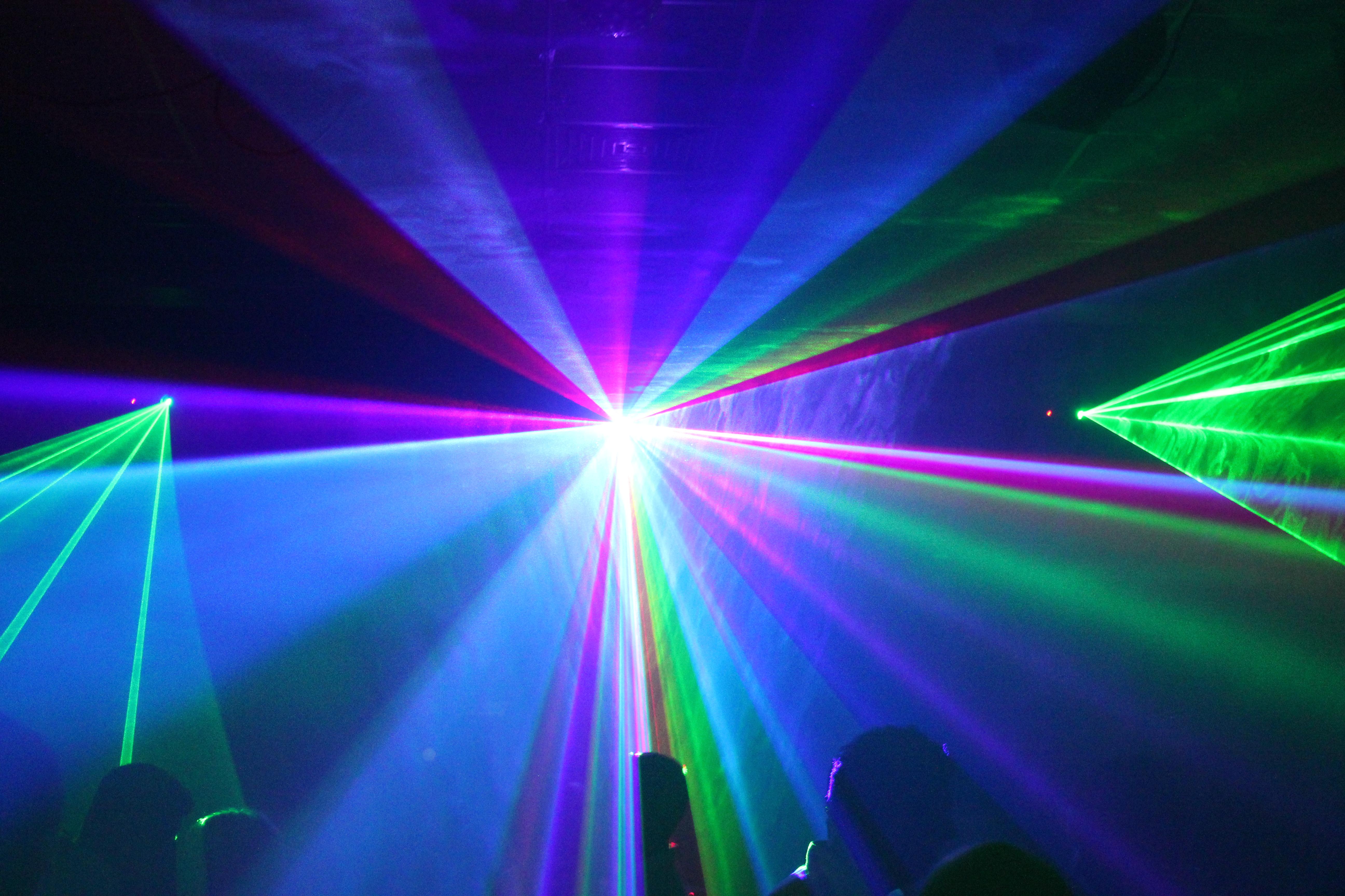 Option show laser
