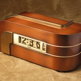 Kem Weber, Pendule à affichage numérique (Lawson Zephyr Clock), vers 1933