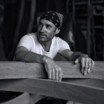 Entretien avec le sculpteur Thierry Courtadon, un maître de la pierre