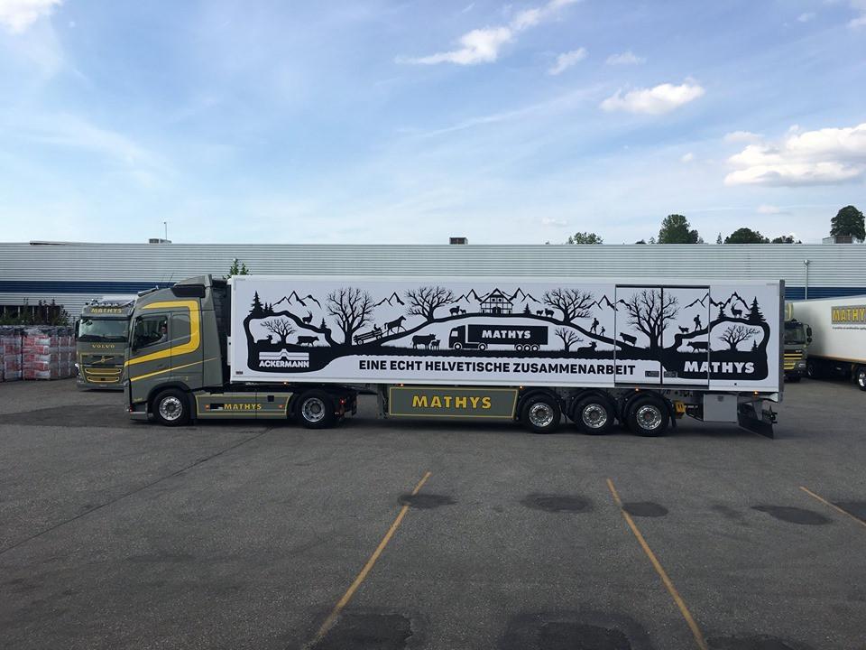 Das Bild zeigt einen Lastwagen der Hans Mathys AG.