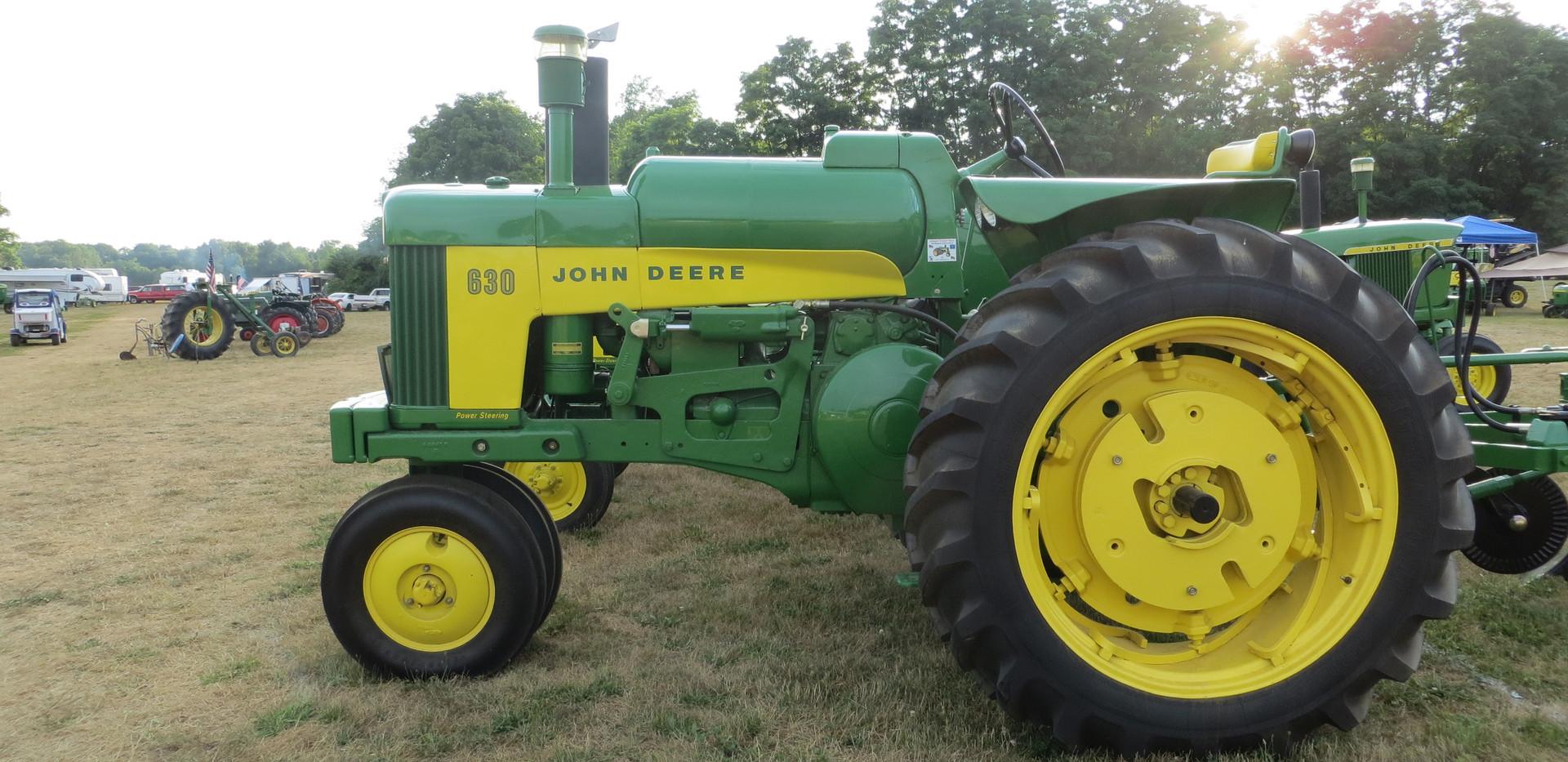 JD 630 Alt fuel.JPG