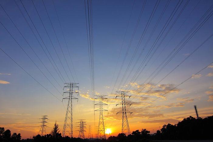 pylons sun.jpg