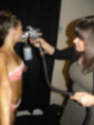 Spray Tan Long Island. From Queens, Northshore, Southshore, to Hamptons. We've got you covered.