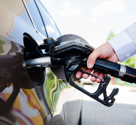 ¿Qué compramos? Autos usados con nafta o GNC.