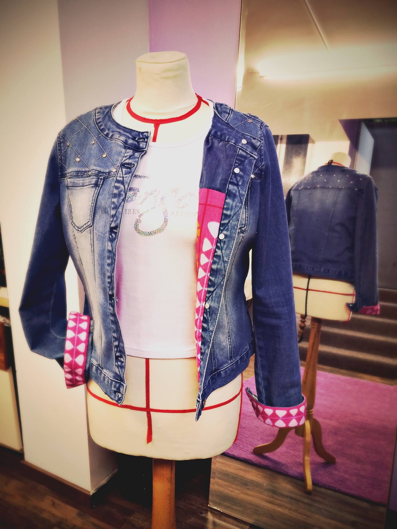 Custom sur veste en jeans