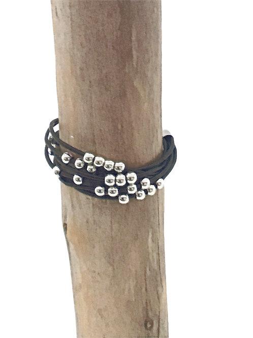 Manik-manik dames zwart leren armband metal look