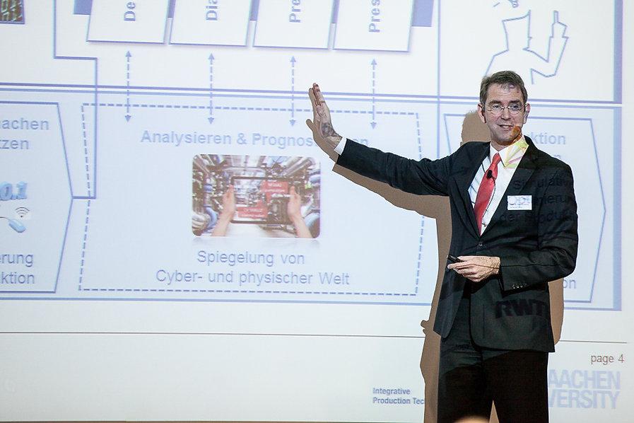 Fotografie von Prof. Dr. Günther Schuh, CEO e.GO Mobile AG