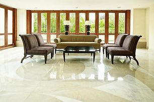 piso de marmore polido.jpg