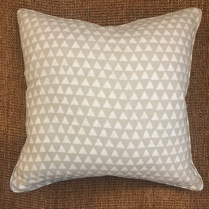 Lavi Natural Cushion