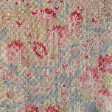 Vintage Paisley Duck Red