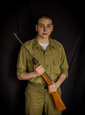 Lizette Mynhardt as Shiri