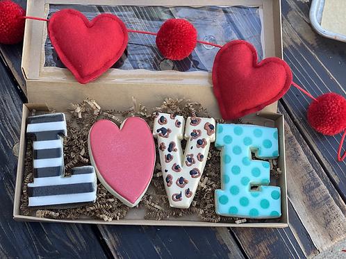 LOVE  cookie set