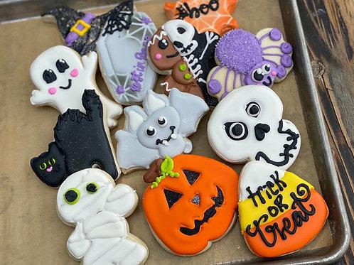 Halloween classics 12 pc set