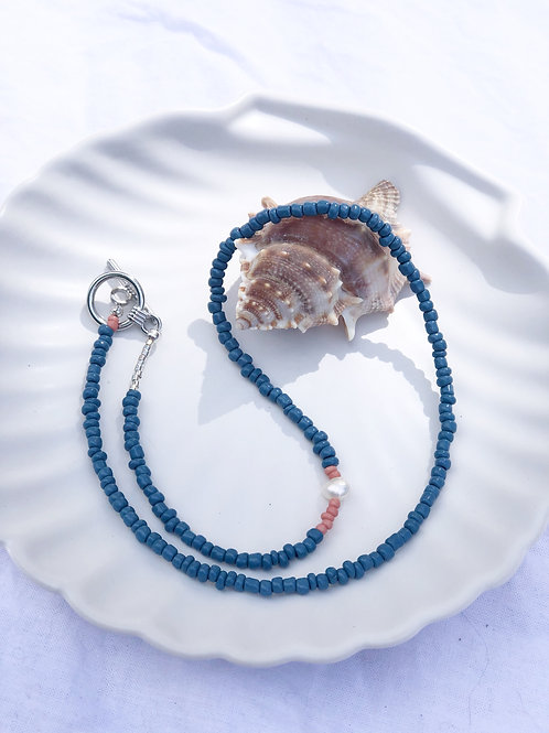 Necklace pearl/vintage blue