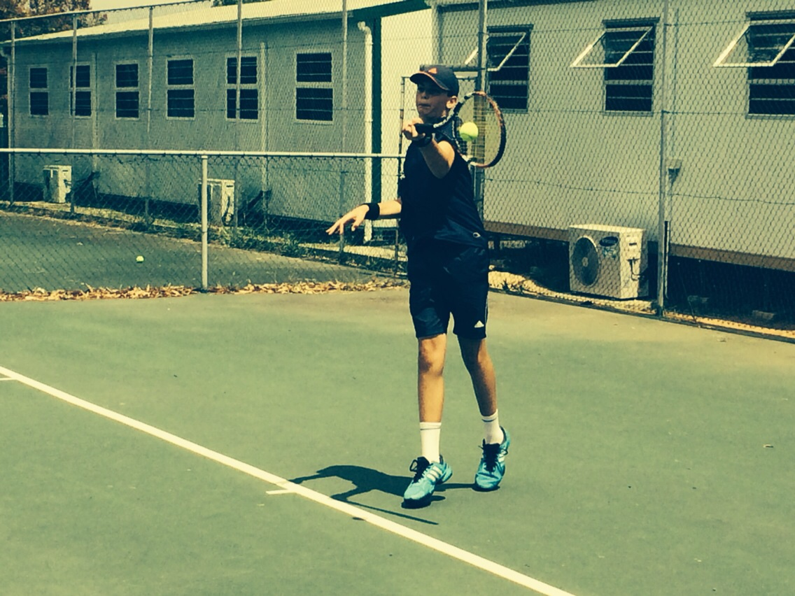 Eben Nel crushing a forehand