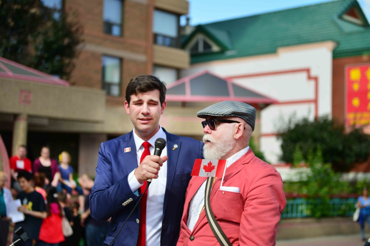 點問頓市長Mayor Iveson、市議員Scott McKeen致辭。