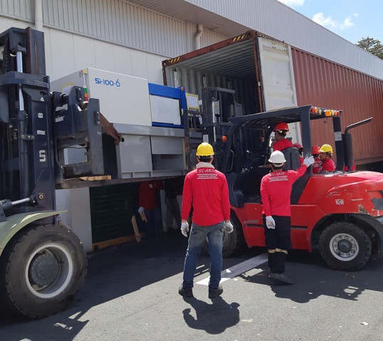 Forklift rental 2.jpg