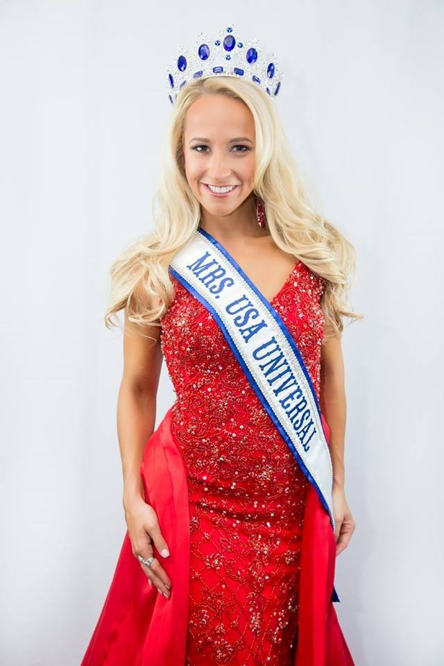 Pageant Winners | The Black Swan Dress Boutique