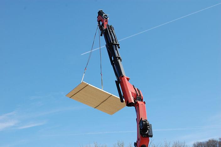 allmermacke Baustelle BSP-Fertigteile, nachhaltiges Bauen, schnelle Montage mit Fertigteilelementen