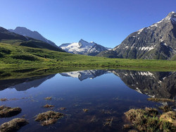 Lac dans les alpages à Bessans