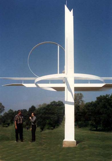 steel sculpture, 26 feet tall, Belleville Illinois,