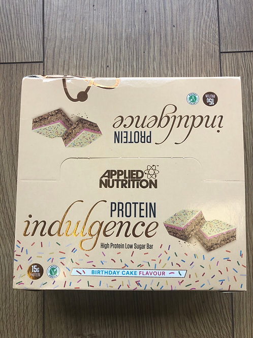 Applied Nutritions indulgence bar (birthday cake)