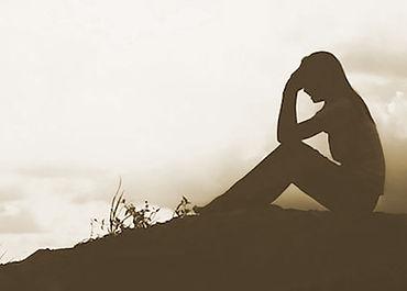 woman feeling hopeless