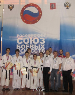 moskov10-2010-600x757