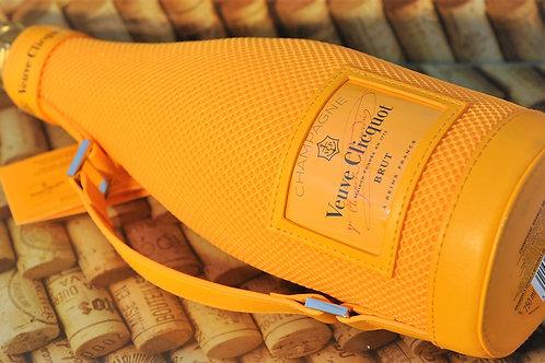 Champagne Veuve Clicquot Brut Ice Jacket