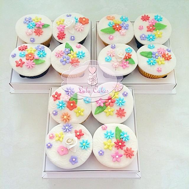 Cupcakes Flores 2D