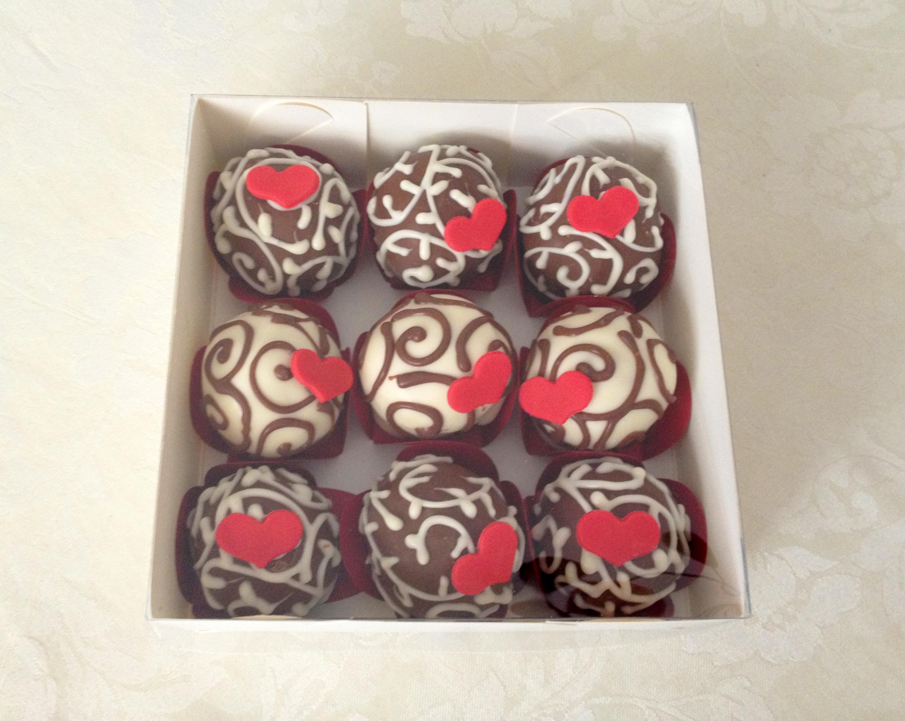 Cakeballs com coração
