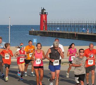 Runners w Lighthouse.jpg