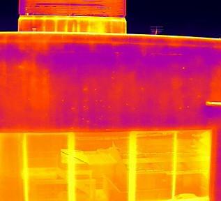 壁面調査、漏水調査で赤外線撮影を行いました(M300RTK, M2EA)