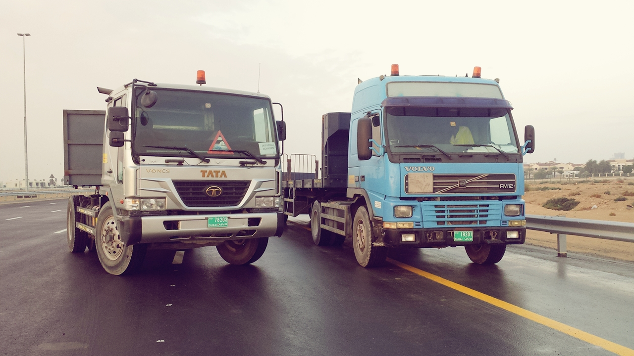 Truck And Cranes   Dubai   Jasbir Jammu Transport by Heavy