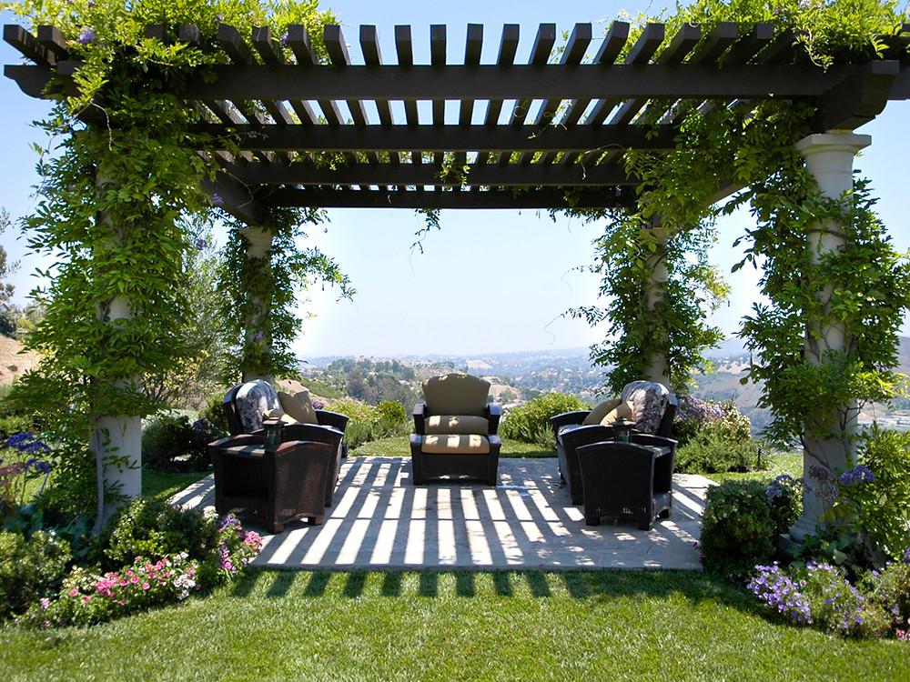 beautiful-modern-garden-pergola.jpg