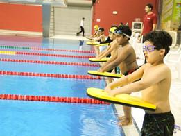 بطولة درع الاتحاد القطري للسباحة والمهرجان الأول