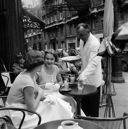 two-women-at-a-parisian-cafe.jpg