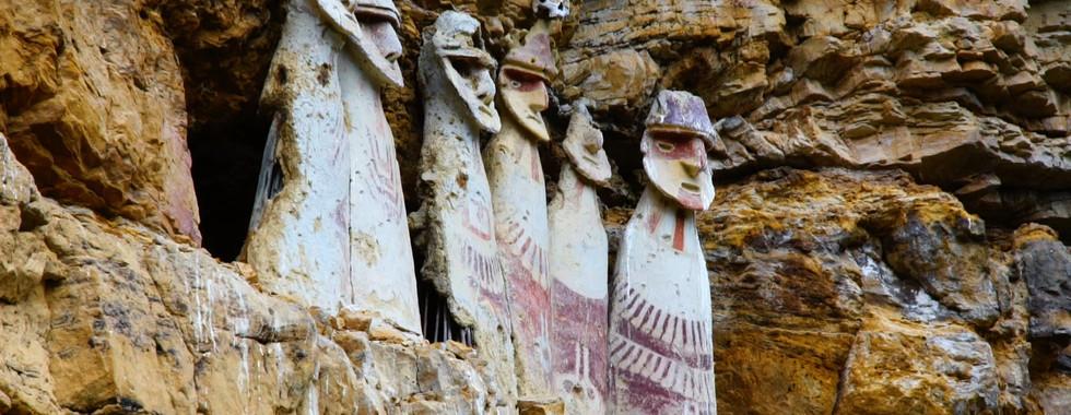 Sarcophages de Karajia, Pérou, AURORA