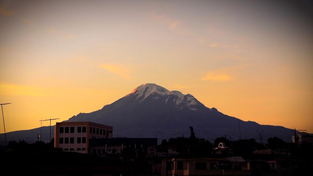 Le Chimborazo au coucher du soleil à Riobamba