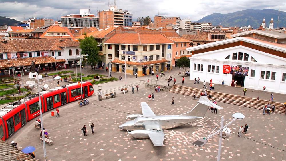 La Plaza Cívica et le Mercado 9 de Octubre