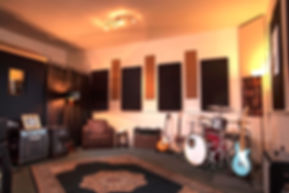 studio4, recording studio dublin, rehearsal room, drum kit, guitar, amplifier, FOH engineer