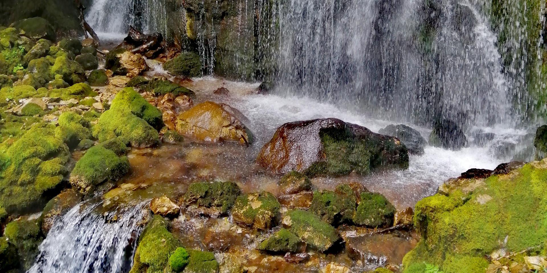 Tramonti di Sopra Waterfall