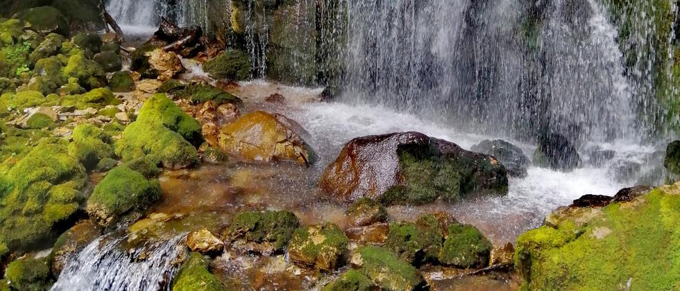 Tramonti di Sopra - Waterfall